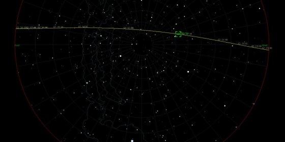 Wat is die mysterieuze streep lichtjes aan de hemel?