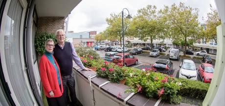 Tevreden balkonzitters: 'Oh het is hier heerlijk wonen, al 21 jaar lang'