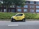 In Rotterdam staan nog Share'ngo-auto's, zoals hier op de Brielselaan.