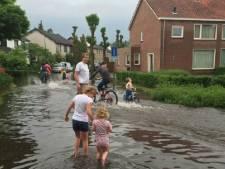 Straten blank na hoosbuien Brabant en Limburg