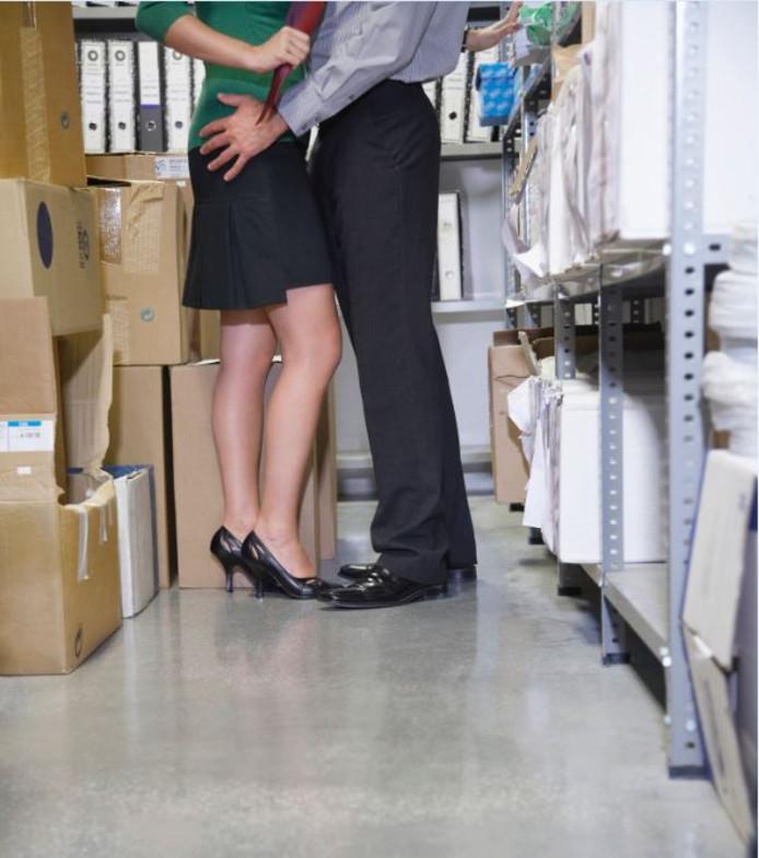 Hoe flirten met collega