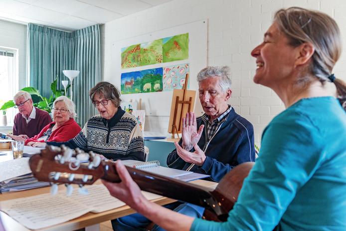 Zingen met dementerende ouderen in Odensehuis Andante.