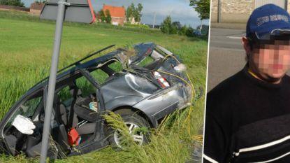 Wegpiraat die dronken crashte met kinderen op achterbank opnieuw veroordeeld... voor dronken rijden met kinderen op achterbank