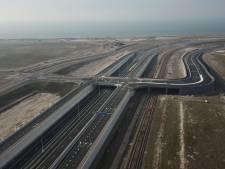 Prinses Amaliaviaduct op Tweede Maasvlakte in gebruik genomen