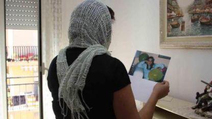 """""""Alsof ik weer tot leven kom"""": Italiaanse 'spookverkozene' toont voor het eerst sinds 1993 haar gezicht aan publiek"""