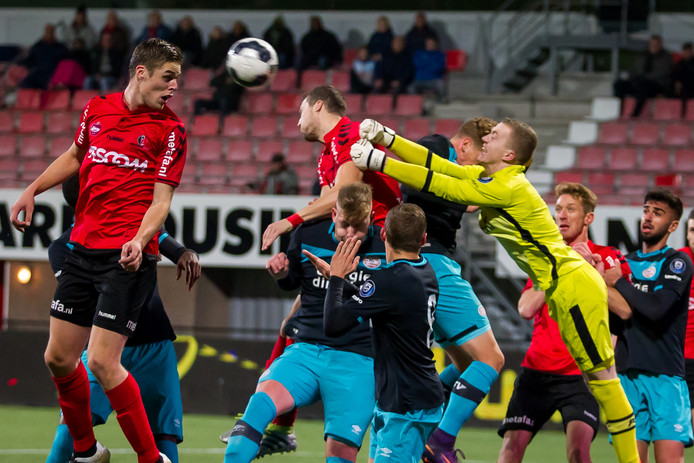 Eerder dit seizoen verloor Jong PSV met 1-0 bij Helmond Sport.