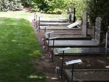 Op zoek naar foto's bij oorlogsgraven