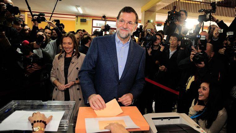De verkiezingskandidaat van de Partido Popular, Mariano Rajoy, brengt vandaag zijn stem uit in Madrid. Beeld getty