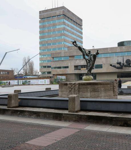 Eindhoven wil prioriteiten stellen, ambtenaren verzuipen in het werk door corona