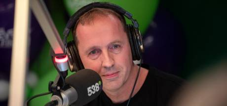 Edwin Evers keert (tijdelijk) terug op de radio