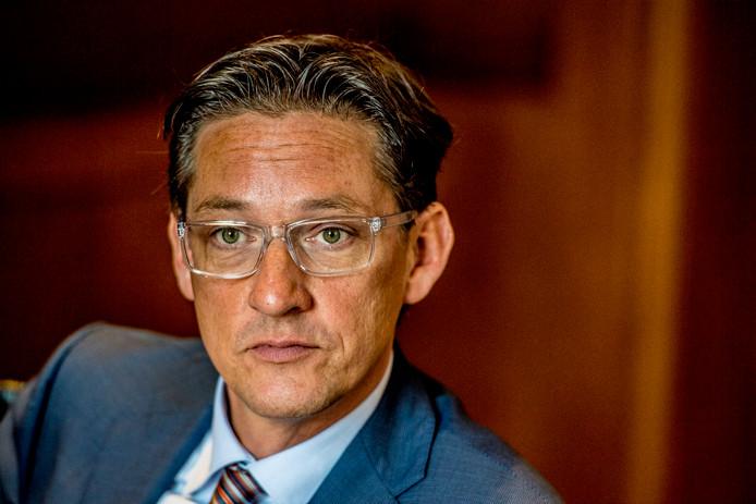 Joost Eerdmans: ,,Ik ga mijn eigen bedrijf inderdaad weer opstarten, Joost Eerdmans Producties. Klussen, optredens, dagvoorzitterschap. En misschien wel presenteren.''