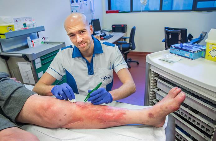 Voor Maarten Ardewijn is een wond een uitdaging, niet iets om van weg te kijken.