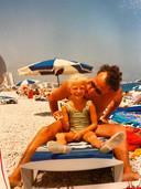 Annelien tijdens haar kinderjaren met papa Jacky.