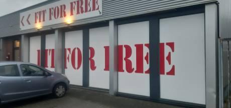 Fit For Free Almelo sluit 30 april, leden boos over doorbetaling: 'Dit kan echt niet'