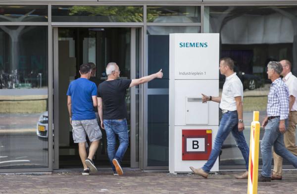 **VDL weer redder Nederlandse maak-industrie: het bedrijf wil Siemens Hengelo kopen**
