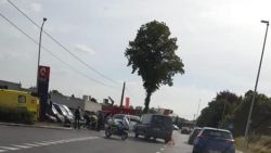 Agent op motor aangereden tijdens onderschepping voertuig