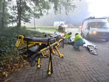 Bromfietser gewond na aanrijding met bestelbus in Bladel