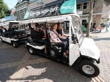Hop-on-hop-off shuttle rijdt weer door centrum Doetinchem