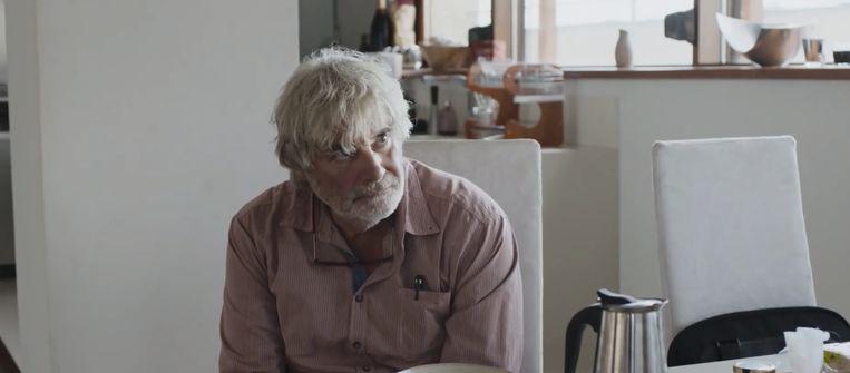 Vader Winfried, gespeeld door Peter Simonischek. Beeld