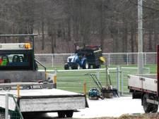 Rubberkorrels op kunstgras Vitesse'08, lichte zorg bij omwonenden