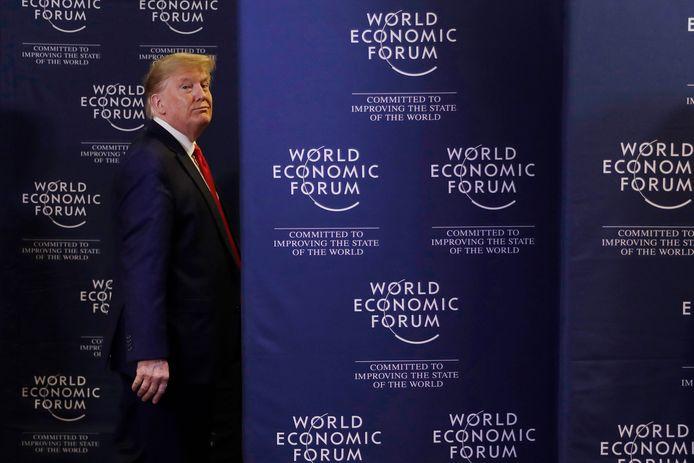 President Trump kondigde in Davos al aan dat hij graag bomen wilt planten tegen klimaatverandering.