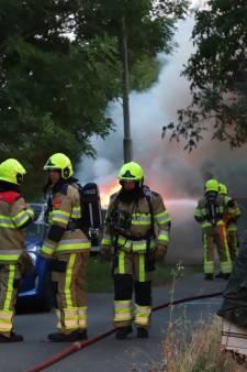 Speedboot in Tielse haven verwoest door brand