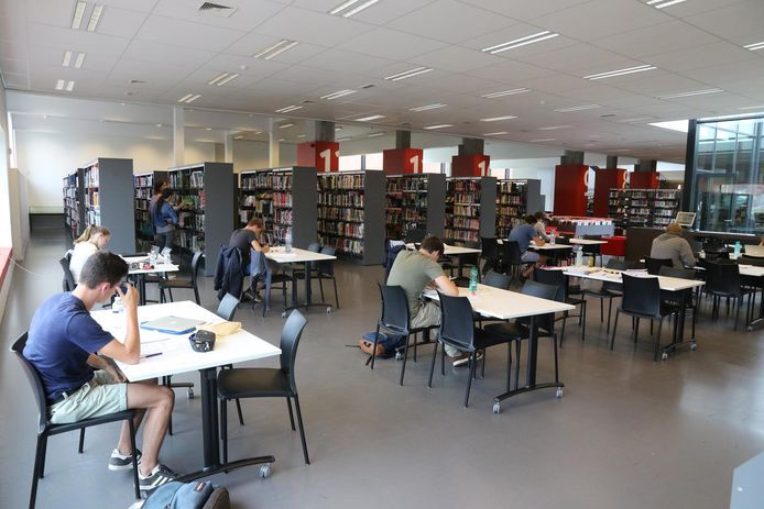 Ieperse CD&V jongeren hopen op plaatsen waar studenten op een veilige manier samen kunnen studeren.