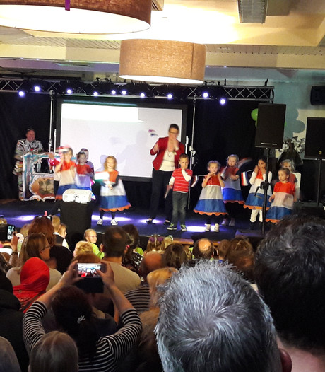 Basisschool wenst oud-leerlingen O'G3NE alle succes van de wereld