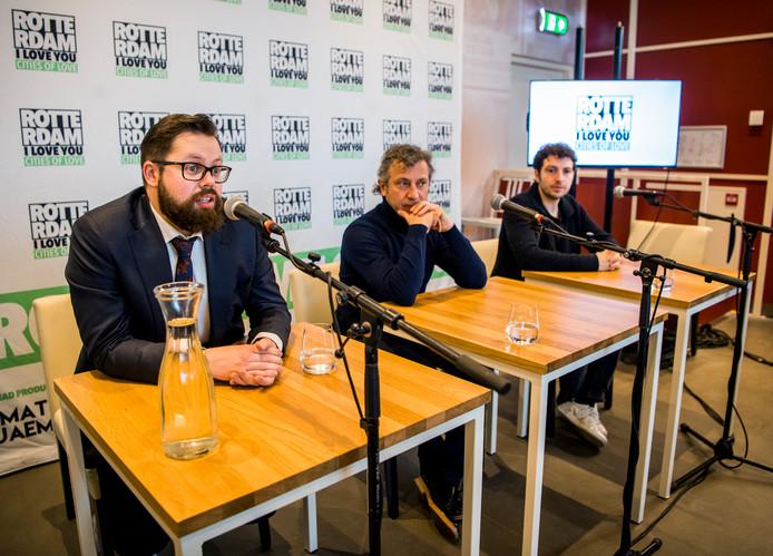 Producent Matt Jaems en regisseur Koen Mortier en Shariff Nasr (van links naar rechts) op de persconferentie van Rotterdam, I Love You.