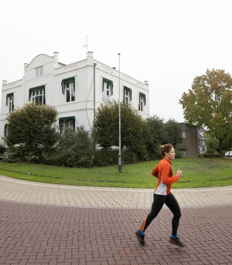 Oude gemeentehuis in Beek: 'Buurt moet hand in eigen boezem steken'