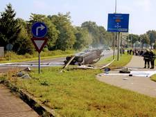 Auto vliegt in brand bij ongeluk in Schijndel