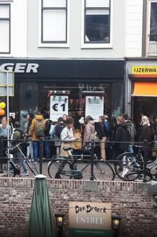 Alles voor een euro bij Flying Tiger: uren in de rij, maar dan heb je ook (n)iets