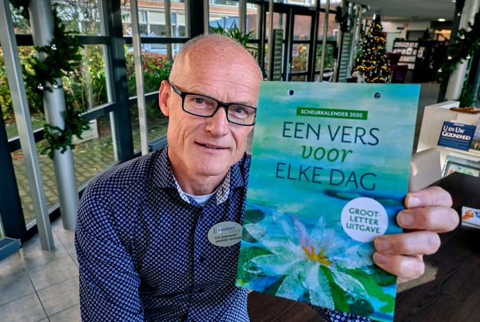Erik Groeneveld , geestelijk verzorger in Zwijndrecht, bedacht een scheurkalender voor christelijke ouderen.