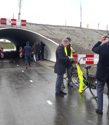 Snelfietsweg in Zeeuws-Vlaamse Kanaalzone komt er, uiterlijk 2023
