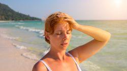 Jetlag, zonneslag of diarree? Zo voorkom je dat je ziek wordt op reis