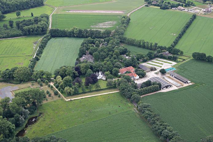 Soerendonk, Hof van Cranendonck, kasteel en proefboerderij