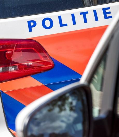 Politie haalt Arnhemmer met 'wrak' van de A15 bij Oosterhout