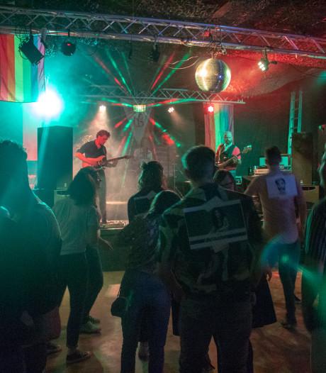 LHBT-evenement in Ede trekt veel jongeren
