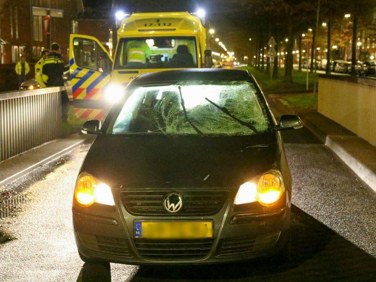 Fietser (15) gewond na aanrijding met automobilist in Rotterdam-Nesselande