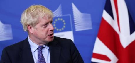Après l'accord sur le Brexit, Boris Johnson doit convaincre Westminster