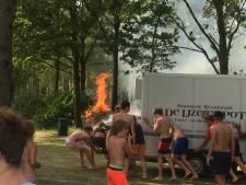 Jeugd bij recreatiegebied in Wierden handelt snel na grote brand