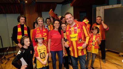 """""""Wij zijn kakkers of da ge da na wilt of niet"""": Steve Tielens maakt supporterslied voor KV Mechelen"""