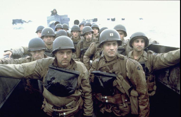 Tom Hanks (voorgrond rechts) in Saving Private Ryan (Steven Spielberg, 1998). Beeld ANP