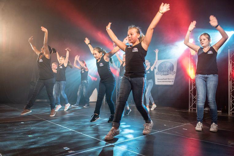 Onder meer de Gaverse dansgroep Starz On Stage zal op de info-namiddag in de kerk optreden.
