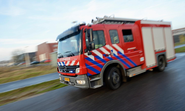 De brandweer rukte vanmiddag uit voor een brand in een kantoor aan de Stationsstraat.