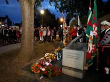 Bevrijding stemmig gevierd bij klooster én oorlogsmonument Nuenen