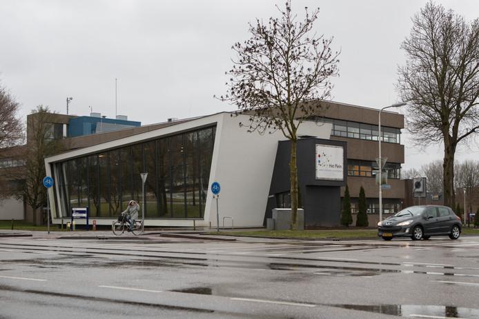 Locatie van Het Plein aan de Henri Dunantweg in Zutphen. Vanuit deze locatie worden bijstandsgerechtigden momenteel nog begeleid naar werk.