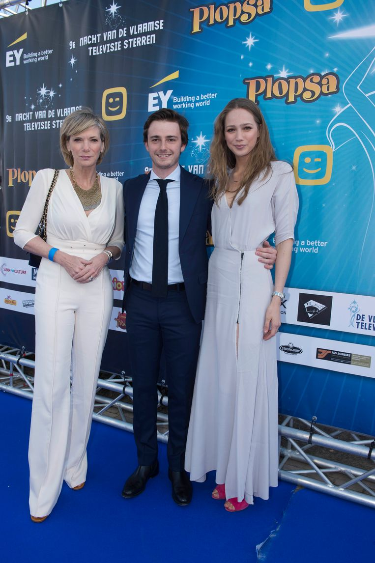 Lynn Wesenbeek met dochter Lauren en James Storme.