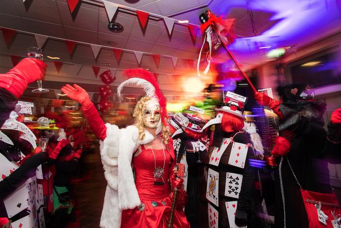 Gemaskerd bal in Huissen tijdens carnaval 2018.