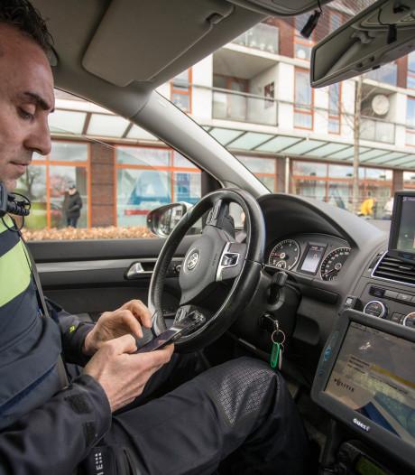 Zutphense 'instagent' wil jongeren laten zien naast wijkagent ook maar een mens te zijn
